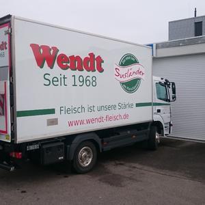 Fahrzeugbeschriftung beim FolienMeister in Lübeck